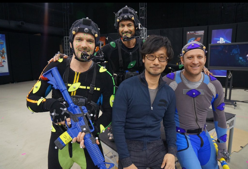 hideo kojima e mark cerny vasg