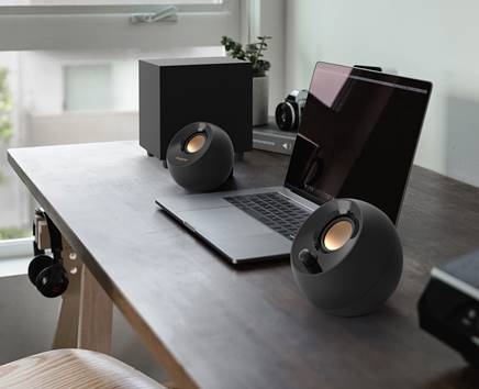 Creative Pebble Plus: gli speaker PC con Subwoofer