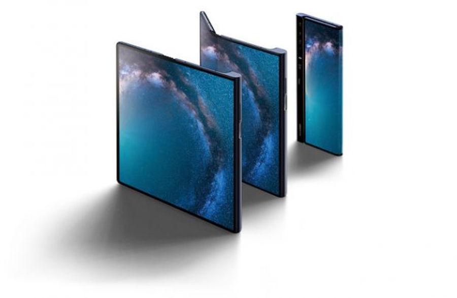 Huawei Mate X outie
