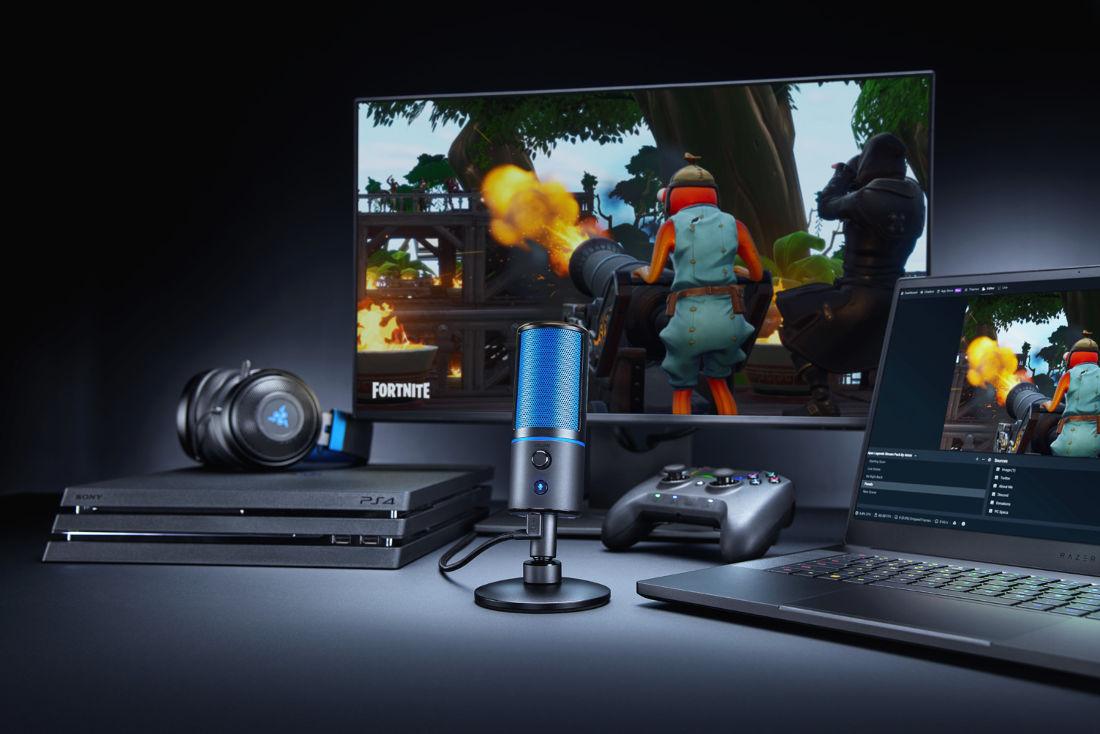 Razer Seiren X il microfono per lo streaming