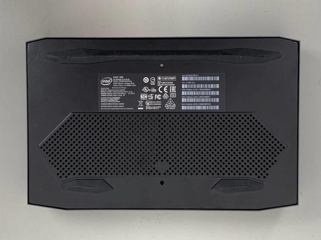 Intel NUC 8i7HNK
