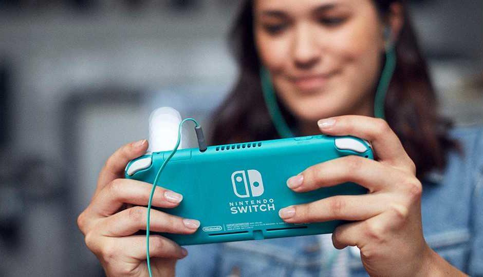 Cyber Monday: Nintendo Switch Lite e giochi tra le offerte Amazon