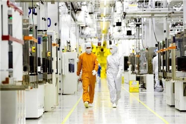 Aumento produzione chips 96-layer 3D NAND