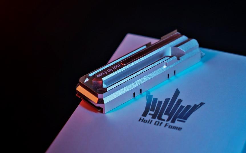 GALAX HOF Pro M.2 SSD PCIe 4.0 raggiunge i 5 GB/s