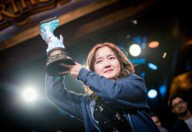 Hearthstone, VK Liooon vince torneo: è la prima donna