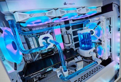 CORSAIR annuncia componenti per build color white