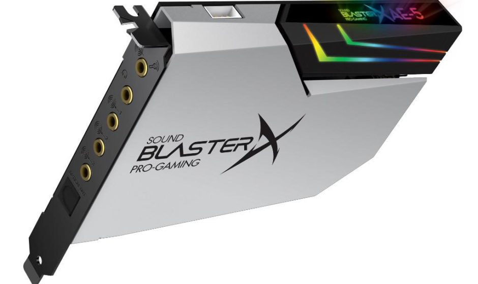 Creative Sound BlasterX AE-5 P. si tinge di bianco